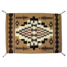 "Fine Navajo Rug - Great Design - 30"" L x 21"" W"