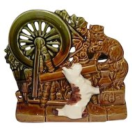 "McCoy Spinning Wheel w/White Dog & Cat - 1950's - 6 1/2"" Tall"