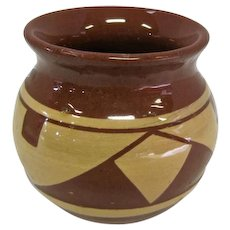 """Pine River Sioux Indian Pottery Vase - T. Cottier - 3"""" Tall"""
