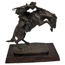 """The """"Bronco Buster"""" bronze statue Frederic Remington - The Franklin Mint"""