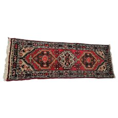 "Lot #2 Aliakbar Moment - Hand Woven Persian Carpet - #1339 Made in Iran - 55"" x 19"""