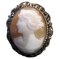 "Pierced Motif Shell Cameo Broach Pin/Pendant - 1 1/8"" x 7/8"""