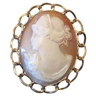 "R INC 12KGF Art Noveau Shell Cameo Broach Pin/Pendant - 1 3/4"" x 1 1/2"""
