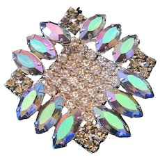 Stunning Pronged Rhinestone Brooch Pin