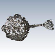 Gorham Renaissance Revival Bon Bon Cast Gilt Sterling Silver Spoon 590