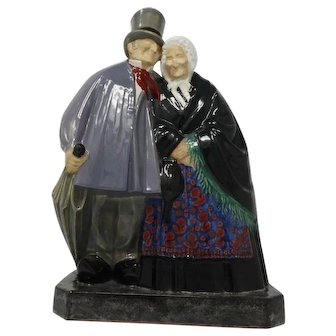 Art Deco Ceramic Sculpture Old People – Etling Becquerel
