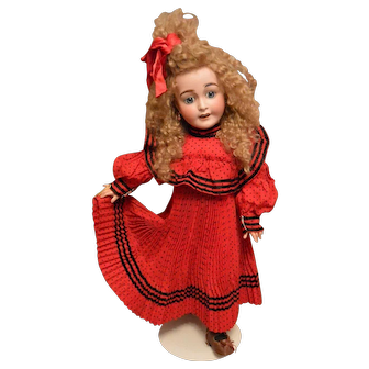 """Wonderful Lanternier 'Favourite' Character Antique Doll"""