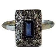 Vintage Original Diamond and Sapphire 18ct and Platinum Ring
