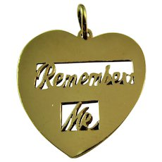 "Vintage ""remember me"" 9ct gold hallmarked pendant/charm"