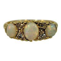 Vintage opal and diamond 18ct gold ring
