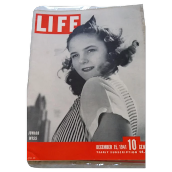 LIFE Magazine December 15, 1941, Pearl Harbor Attacked