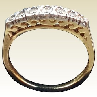 A Solid 18 K GOLD 0.20ct Natural Diamond Band ring
