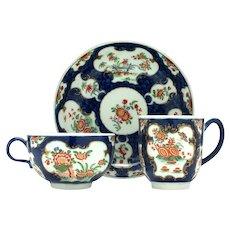 Worcester 'Rich Kakiemon' Porcelain Trio c1765