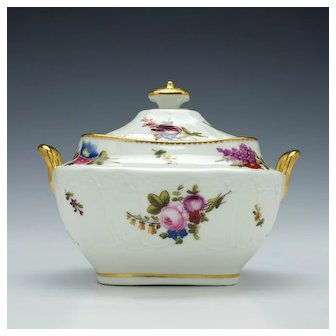 Swansea Porcelain Sucrier and Cover c1820
