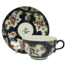 Worcester Scale Blue Floral Pattern Tea Cup and Saucer c1770