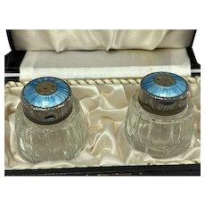 Silver enameled pepper and salt set - Danish Design - Meka - Silver, Enamel, Crystal - Denmark - Mid 20th century