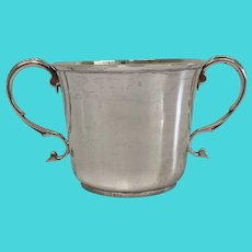 George V sterling cup with double handle with personal writing - Pairpoint Brothers - Silver - 19th century - 242 gr
