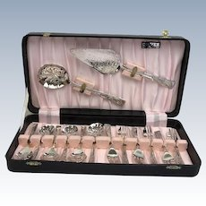 Fish cutlery - Set of 14 - Silver plated - United Kingdom - Approx. 1960