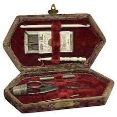 Sewing kit in velvet pouch - Set of 8 - Bone, Steel - Approx. 1920