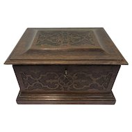 Big wooden box with double bottom - Ca. 1890
