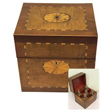 Sheraton liquor cabinet / box with 5 original gilt decanters - England - Approx. 1780
