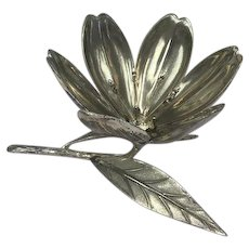 Chromed Lotus for oysters - Great Design - Italian Made - Ca. 1980