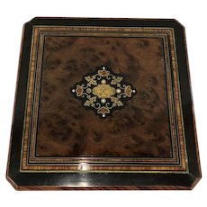 Napoleon III box with inlays - Walnut and brass - Approx. 1880