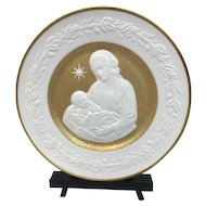 """Franklin Mint - """"Silent Night"""" Christmas Plate with 24 carat gold leaf - 1976"""