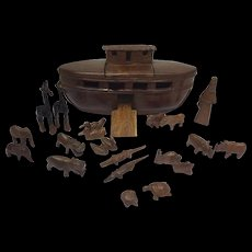 Rosewood Wooden Ark of Noah ship with many animals - Second half of 20th century