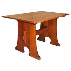 Superb L&jG Stickley Mouse Hole Table  ff618