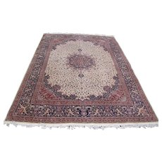 Vintage Handmade Rug Weaved in Pakistan  rr2998