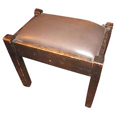 Antique Arts & Crafts Stickley Brothers Footstool  w1423