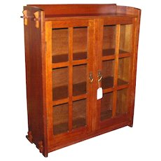 Rare Antique Small Size Gustav Stickley Bookcase  w1825