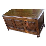 Antique Arts & Crafts Chest  w3193