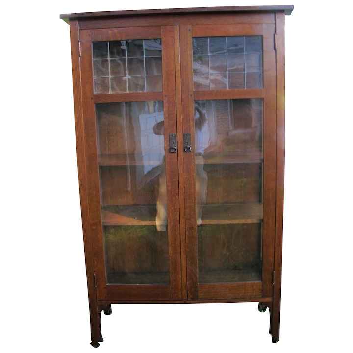 bf72ee579d9ca Rare Superb High L jG Stickley 2 Door China Cabinet with Leaded Glass w4099