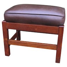 Great Looking Antique L&jG Stickley Footstool  w4329
