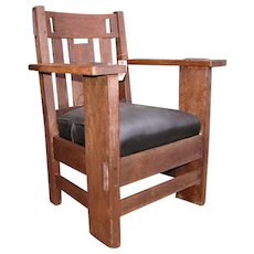 Antique Charles Stickley Armchair with Cutouts w4808