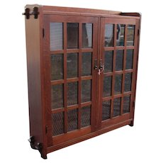 Antique L&jG Stickley Two Door Bookcase  w4841