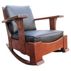 Superb Antique Arts & Crafts Limbert Large Arm Rocking Chair (Cube Form) w5124