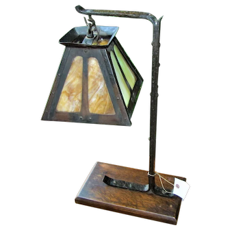 Antique Arts & Crafts Table Lamp w5240