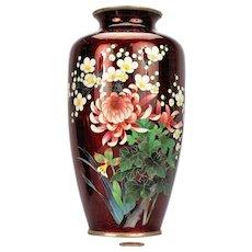 A Japanese Ginbari Cloisonne Enamel Vase, Meiji Period (1868-1912)