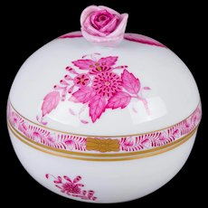 Herend Chinese Bouquet Raspberry Round Box