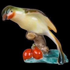 Herend Bird with Fruits on a Stump Figurine