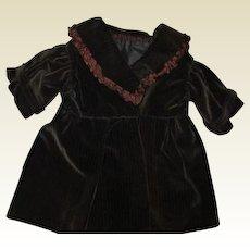 Adorable velvety cordoroy coat
