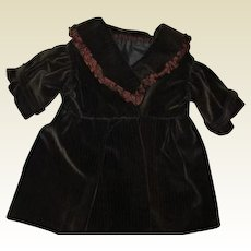 Adorable velvety cordoroy coat