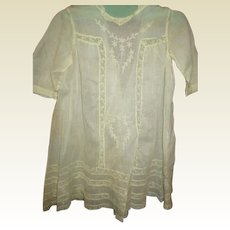 Gorgeous inlaid lace  embroidered dress