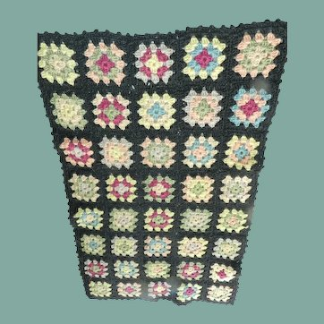 Darling Granny square quilt
