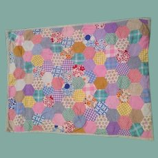 Great vintage doll quilt