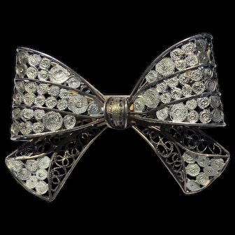 Vintage Gilt Silver Filigree Bow Shape Brooch Pin