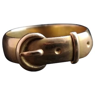 Antique Victorian 18kt gold buckle ring
